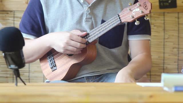 第九課:分解和絃